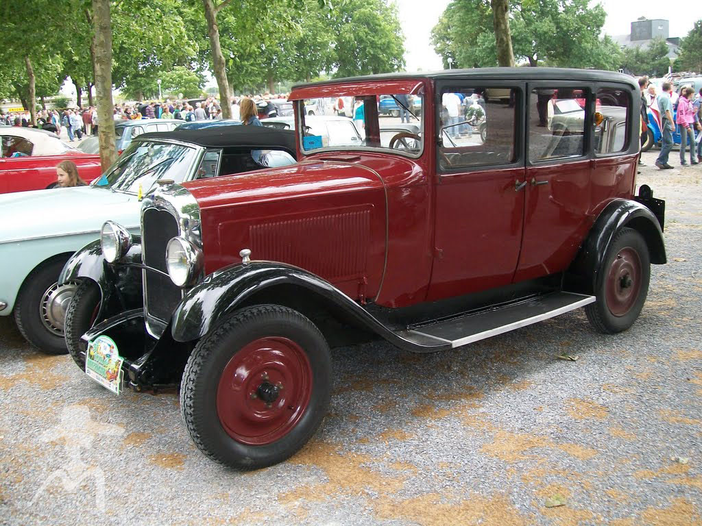 Ретро автомобили Франции - продолжение (12 фото)